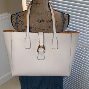 Dooney and Bourke white Shannon tote